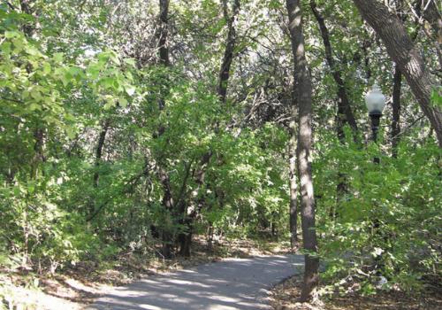 Edmond Trail